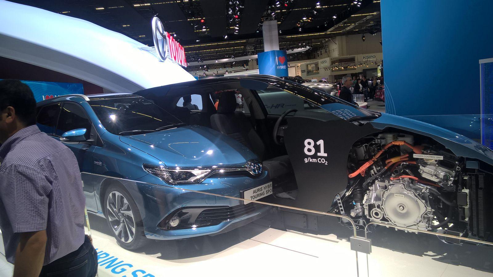 Toyota Auris Hybrid Touring Sportback